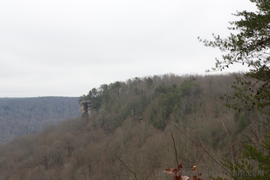 From the easy-access overlook, you can see the rock outcropping where the Stone Door overlook starts