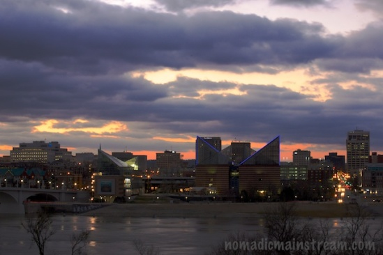 Sunrise behind the Tennessee Aquarium