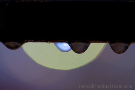 Water drops without flashlight