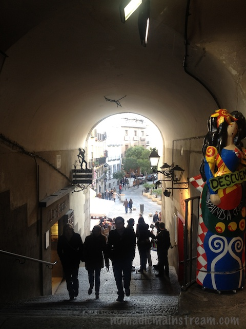 Archway towards the market