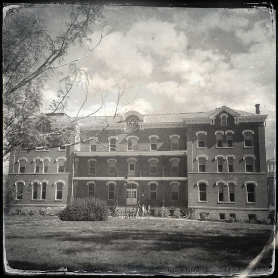 I believe this is a dorm--Hipstamatic tintype style