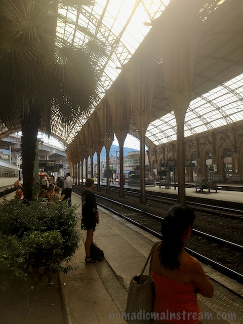 Waiting on the train the next morning in Nice Ville train station